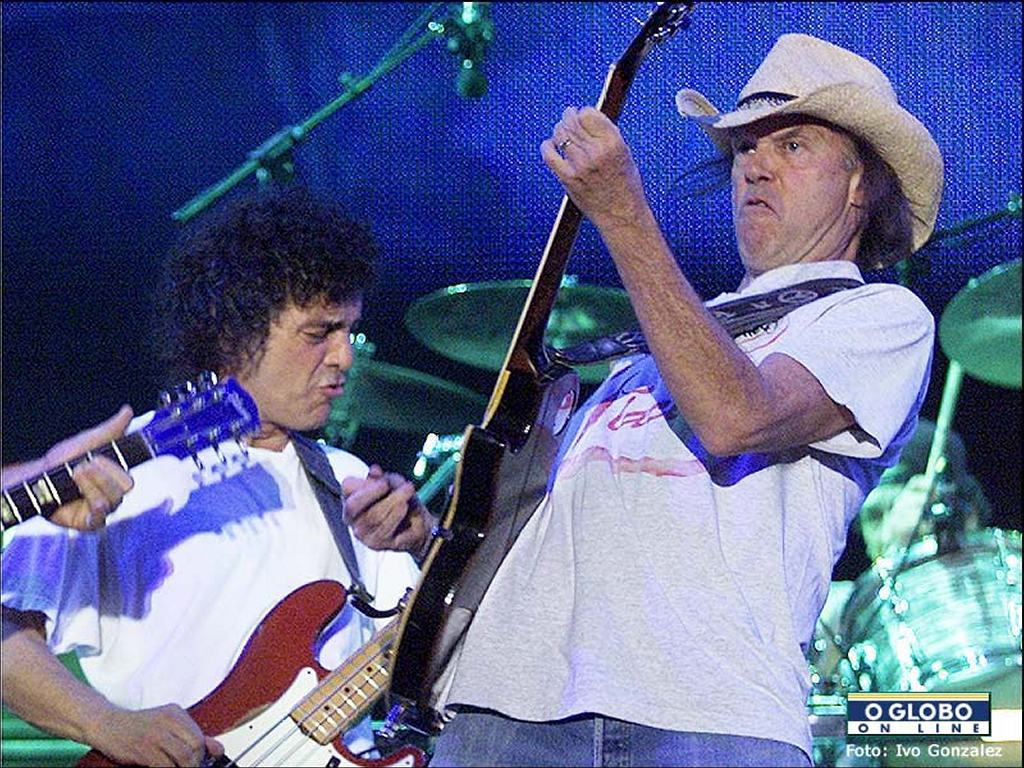 Crazy Horse at Rock In Rio, 2001
